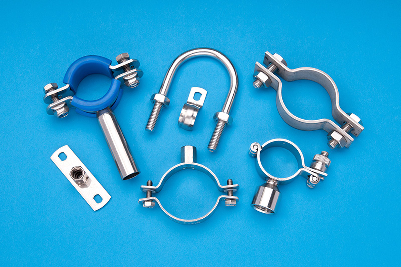 clips-clamps-fasteners